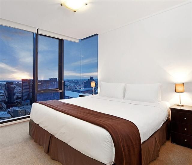 Melbourne Apartments Sub-Penthouse Apartment Master Bedroom evening View